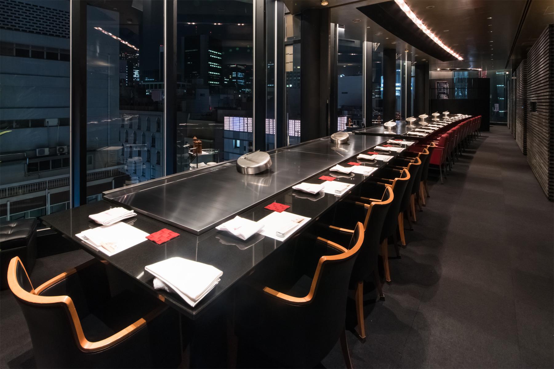 店舗のご案内 みその発祥の地・神戸は、日本の鉄板焼ステーキの原点です